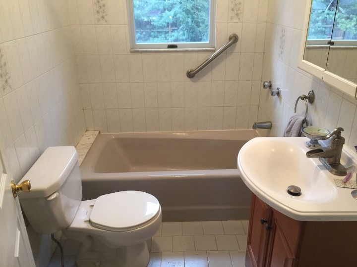 Before and After Walk in Tub installation in NY